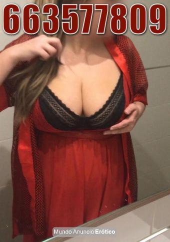Fotos de Elegante rusa con enormes pechos