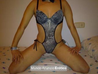 Fotos de latina 26 años bella con curvas sensuales discrecion salidas